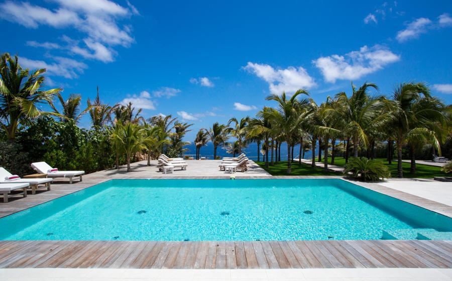 Panoramic view of Good News villa
